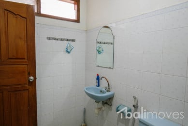 Three-Bedroom-House-Rent-Sanur-B671-11