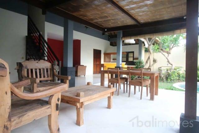 Padanggalak Open Style Villa for Rent