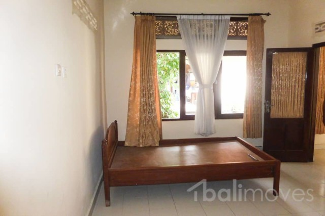 Cheap Two Bedroom House for Rent