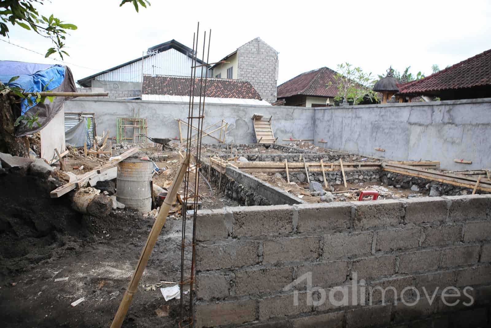 250m2 Land Parcel with Complete Foundation