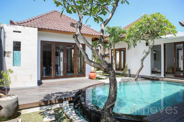 Three Bedroom Pool Villa in Complex