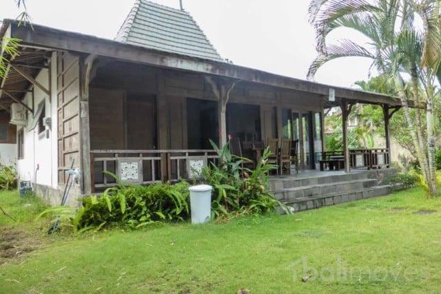 Charming Javanese Style Beachside Home