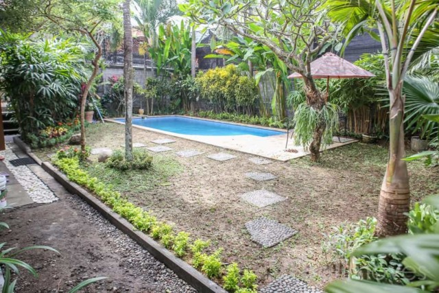 Two Bedroom House with Pool in Kutat Lestari