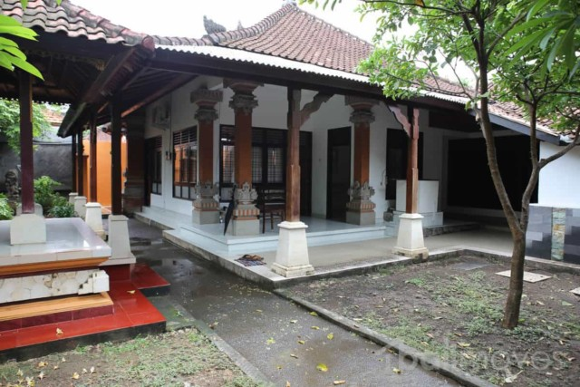 Four Bedroom Traditional Balinese Compound