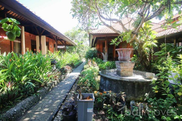 Large Traditional Balinese Style Villa on 1300m2 Plot