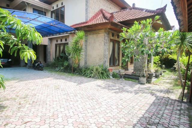 Six Bedroom Balinese Style House