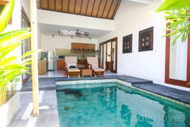 Bright Open Style Modern Three Bed Villa