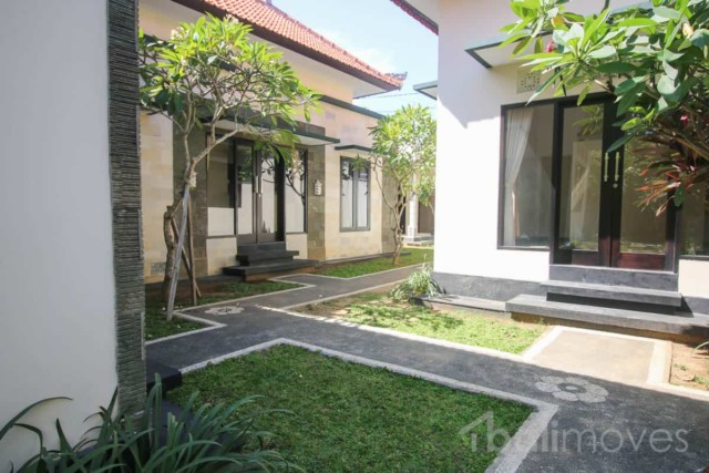 Modern Closed Living Two Bedroom House