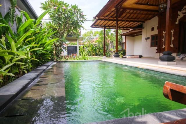 Large Mixed Bali/Modern Three Bedroom Villa