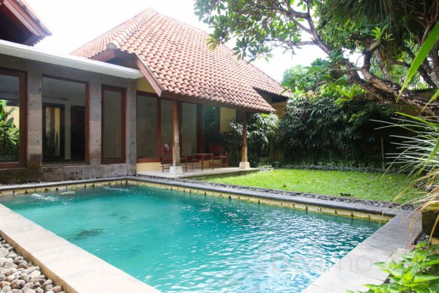 Spacious Three Bed Villa with Closed AND Open Living Areas