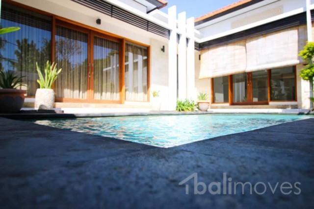 Modern 3 Bedroom Pool Villa
