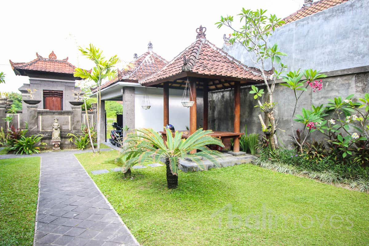 2 bedroom mix balinese style and modern house sanur 39 s for 6 bedroom homes for rent